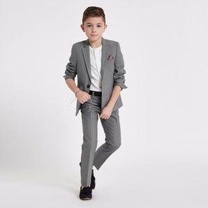 Cherokee Gray Suit